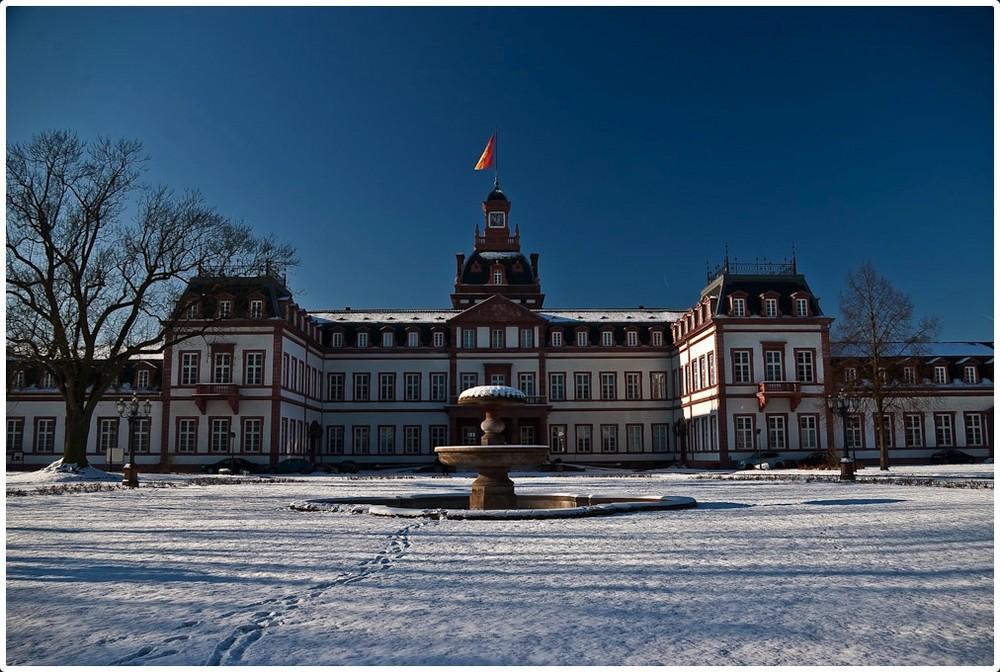 Schloss Philippsruh in Schnee
