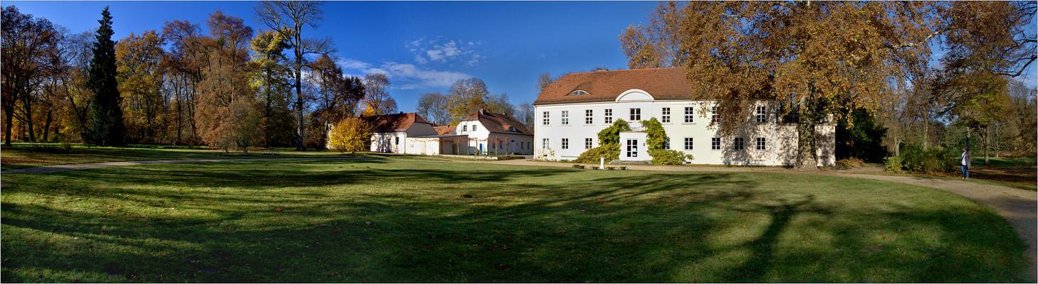 Schloss Potsdam-Sacrow