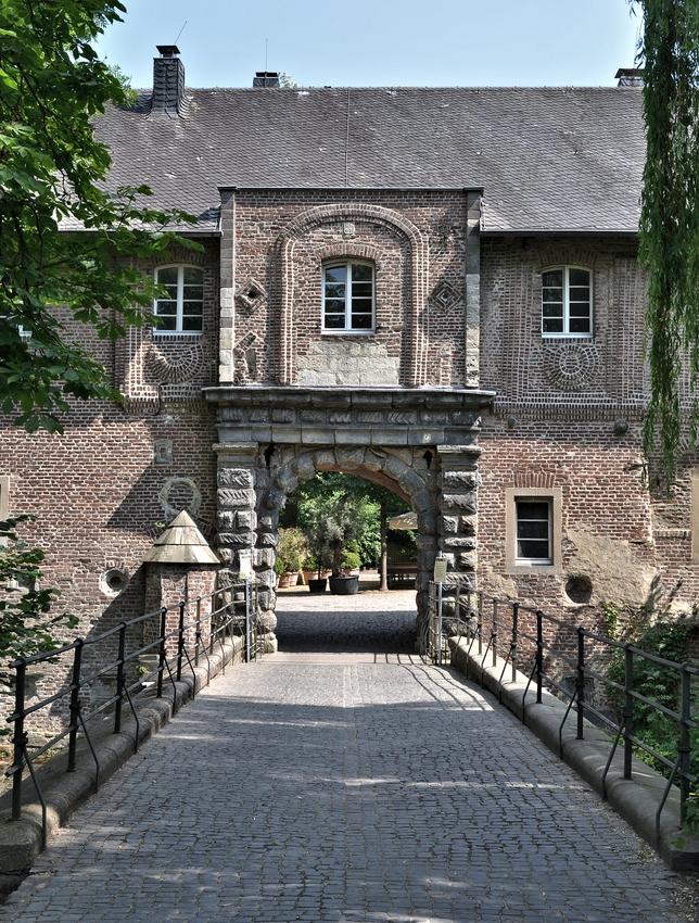 Schloss Rheydt..........