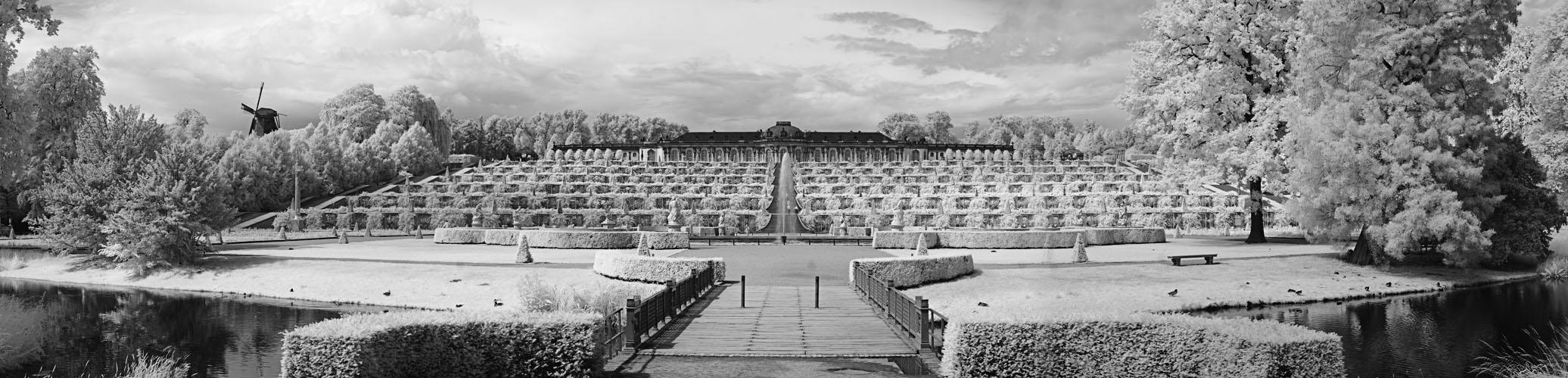 Schloß Sanssouci (IR Panorama)