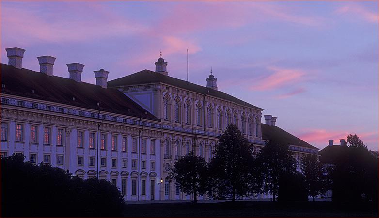 Schloß Schleißheim am Abend