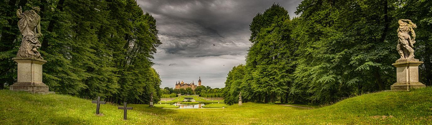 Schloss Schwerin... #07 - aus der Ferne