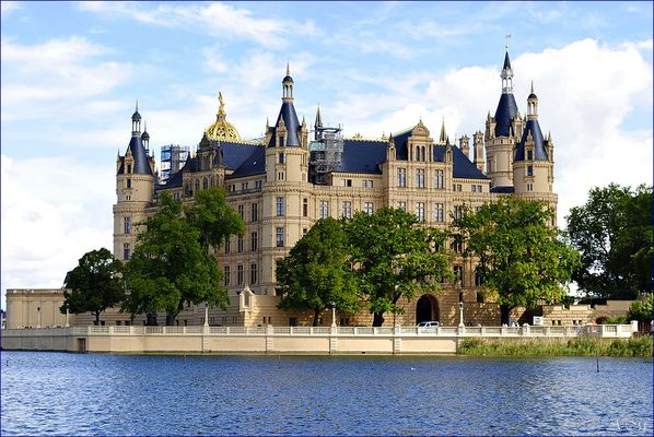 --Schloss Schwerin--
