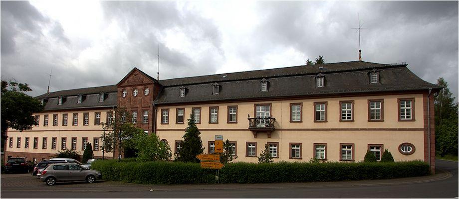schloss stockhausen (1) ...