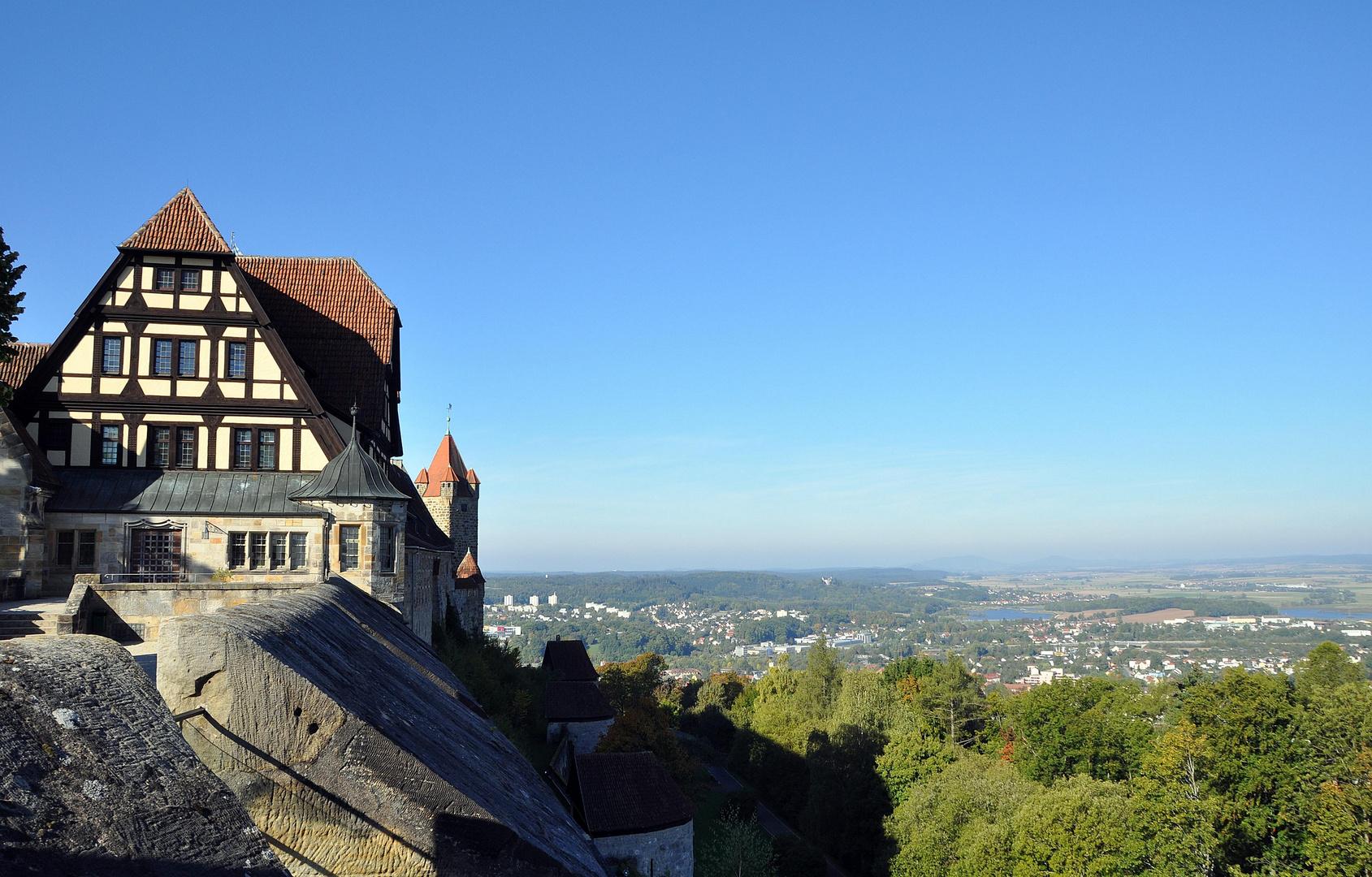 Schloß Veste in Coburg mit Blick auf die Stadt