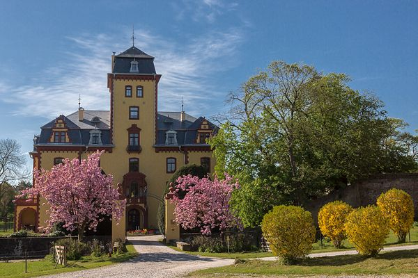 Schloss Wachendorf im Frühling