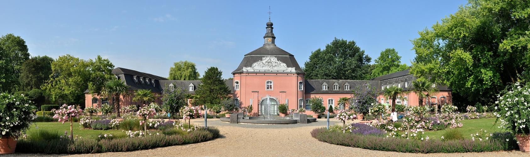 Schloss Wickrath..........