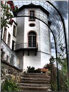 Schloss Wildenfels..........( durch den Rosenbogen )