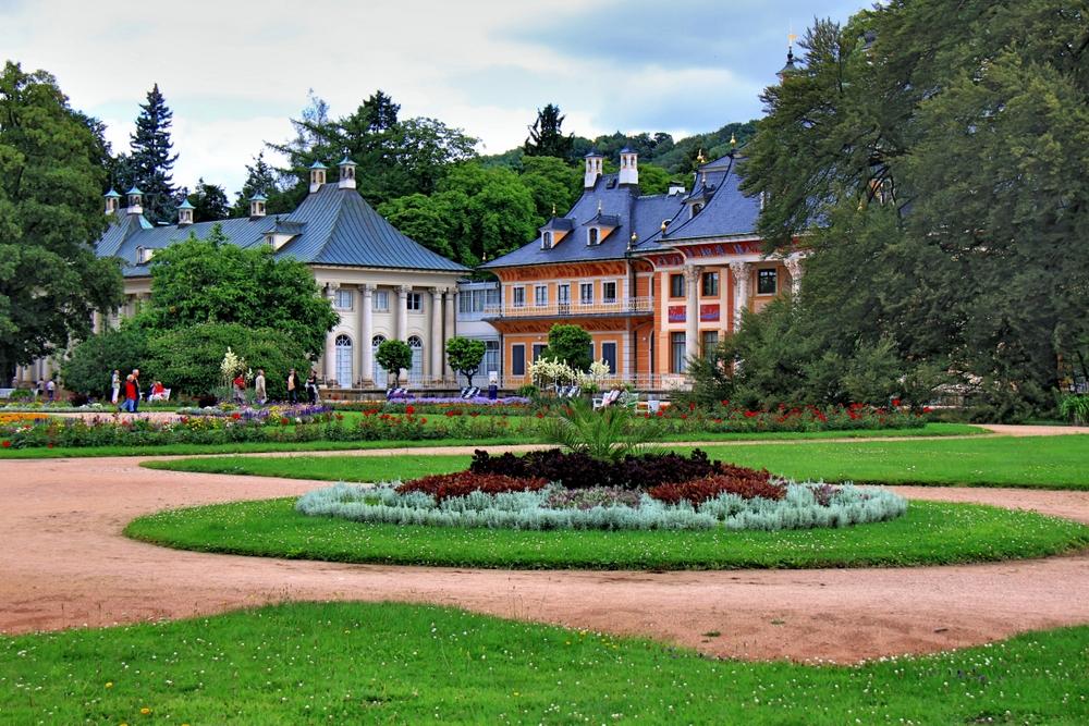 Schlossgarten mit Rondell