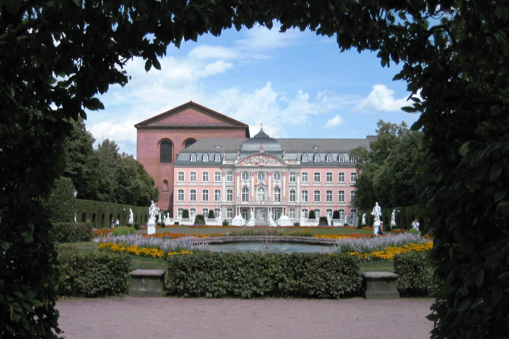 Schlossgarten Trier