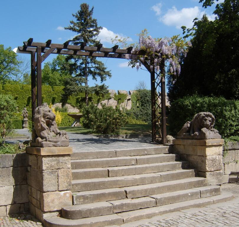 Schloßgarten von Burg Creuzburg