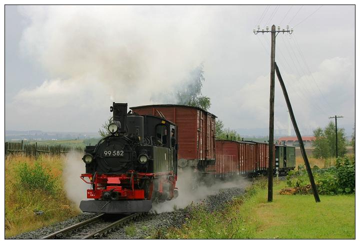 Schmalspur-Güterzug