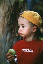schmeckt der grüne Apfel nicht?