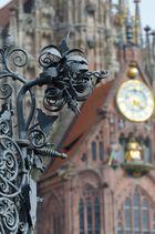 Schmiedekunst am schönen Brunnen(Nürnberg)