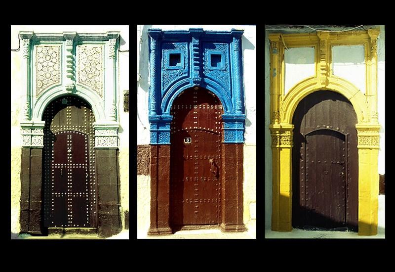 Schmuckreiche Türen in Marrakesch