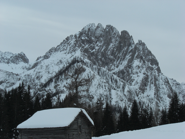Schnee auf dem Berg
