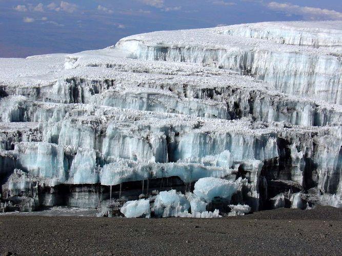 Schnee auf dem Kilimandscharo