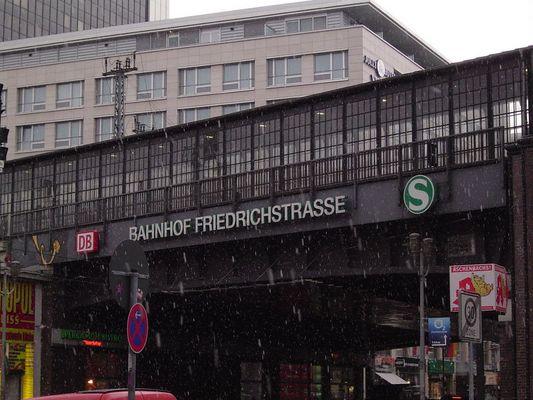 Schnee im Regierungsviertel