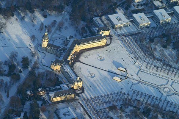 Schnee-Schloss