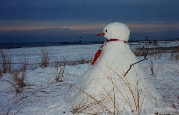 Schneemann am Strand