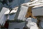 Schneestruktur auf dem Dach