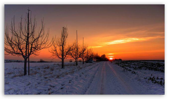 Schneeweg zur Sonne