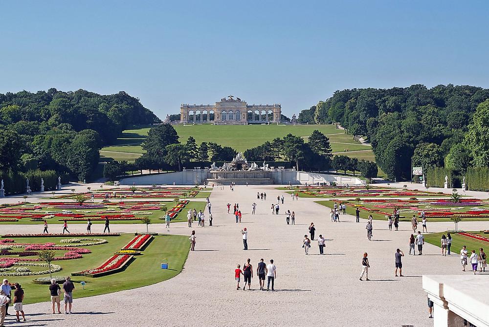Schönbrunn34