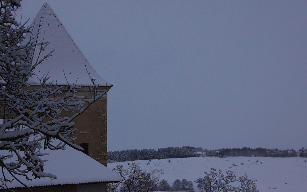 Schöne Aussicht hat man von der Burgruine auf das Lohnetal :-)