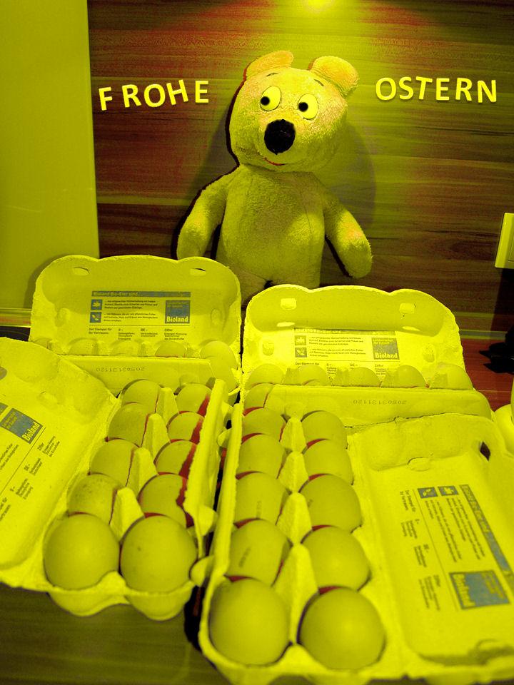 Schöne (gelbe) Ostertage wünscht Euch der gelbe Bär