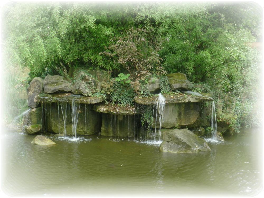 Schöne Wasserfall