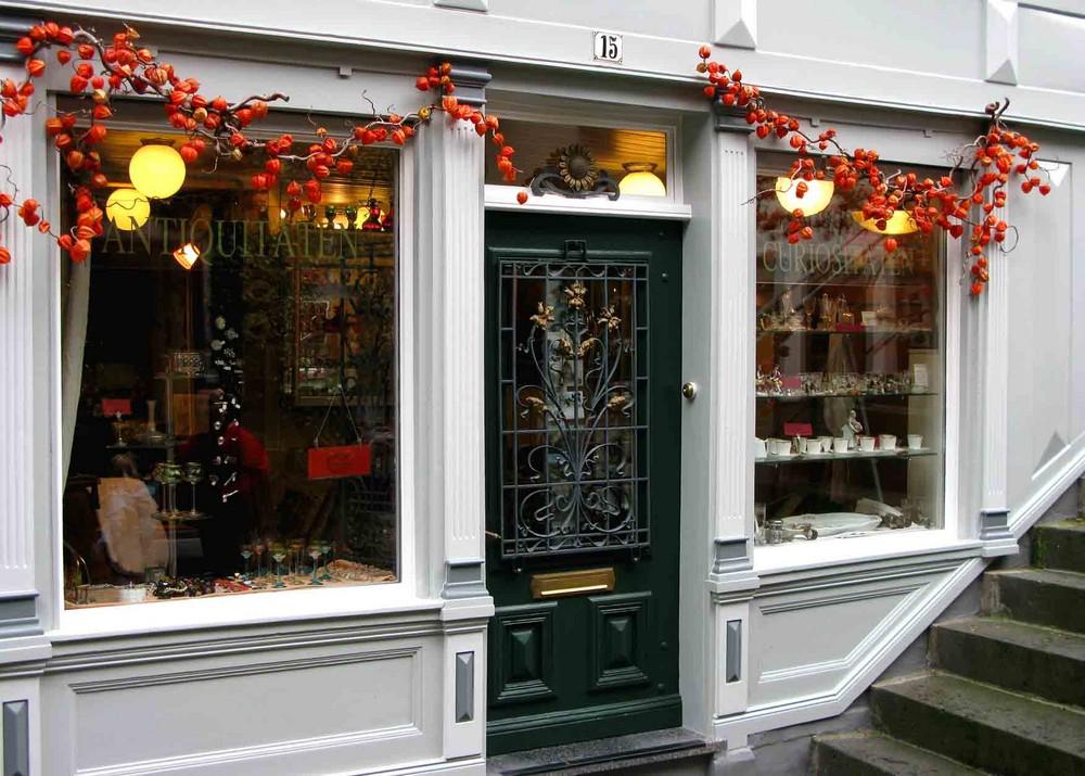 Schöner Laden ,in der kleinen Eifelstadt:Monschau im Herbst 01.Nov.2007