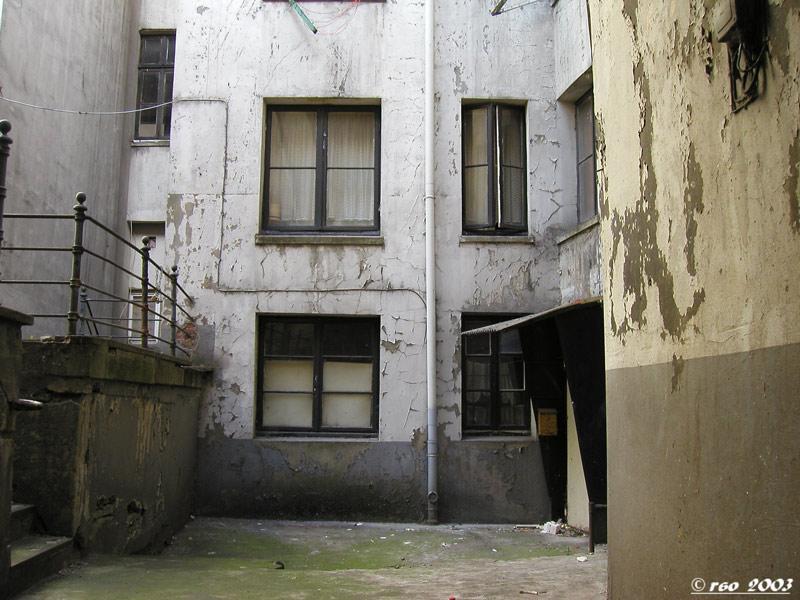 Schöner Wohnen 04, oder der Vermieter achtet auf den Werterhalt seiner Häuser