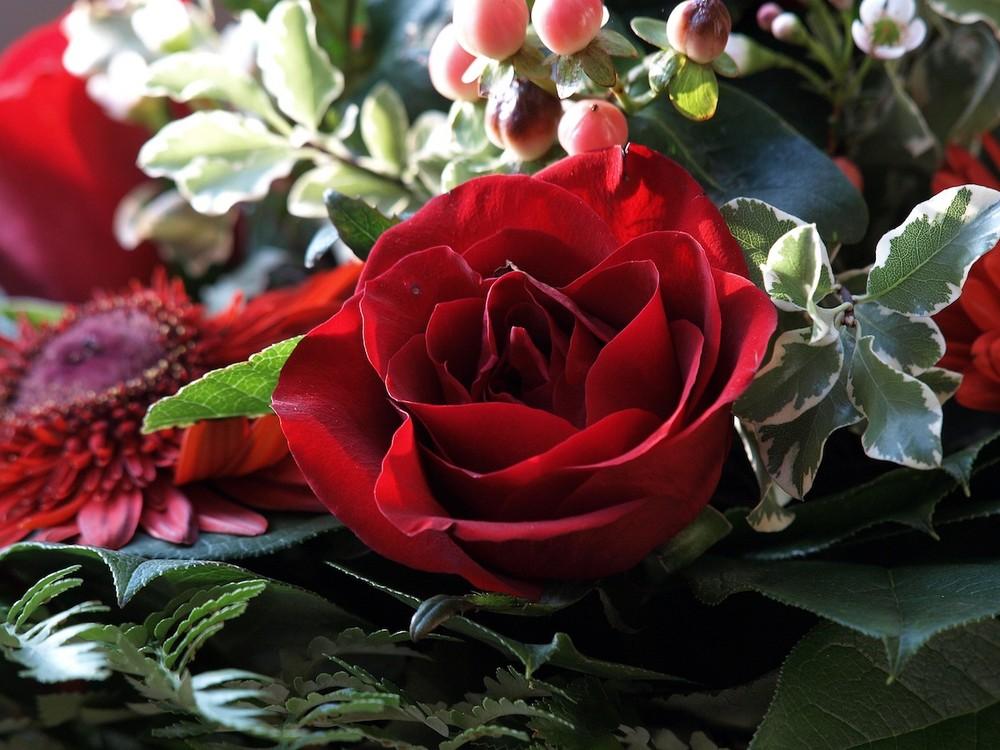 schönes rosengesteck ? oder
