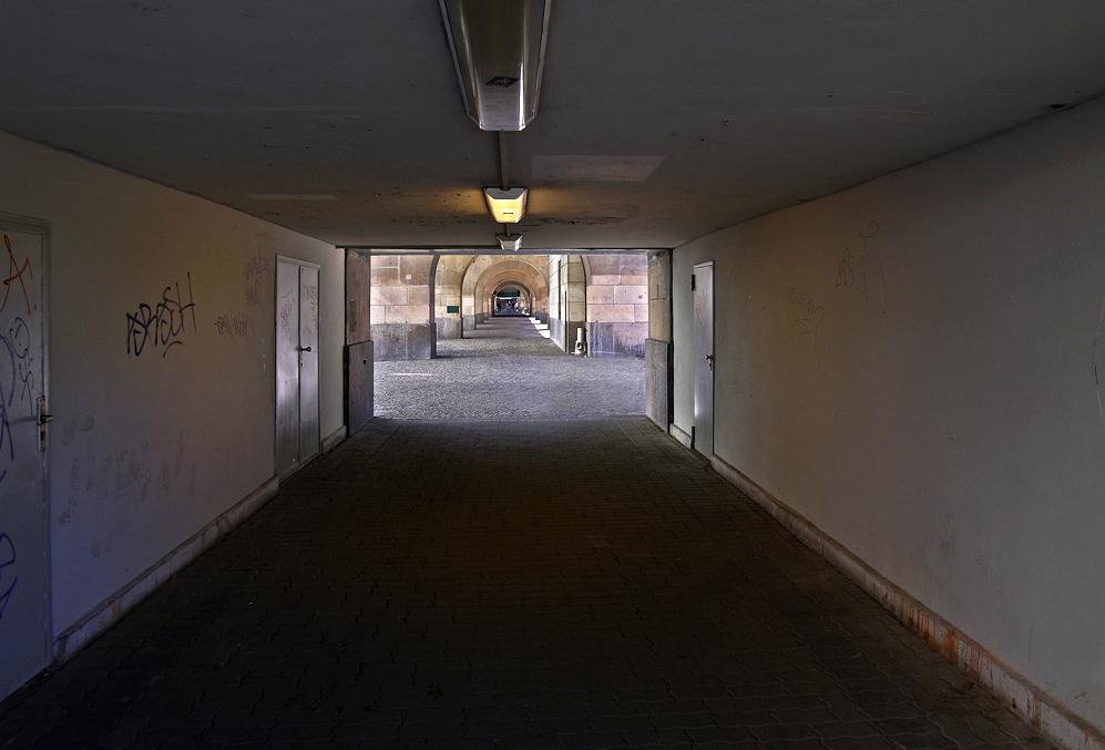 Schönhauser Allee - unter der Hochbahn
