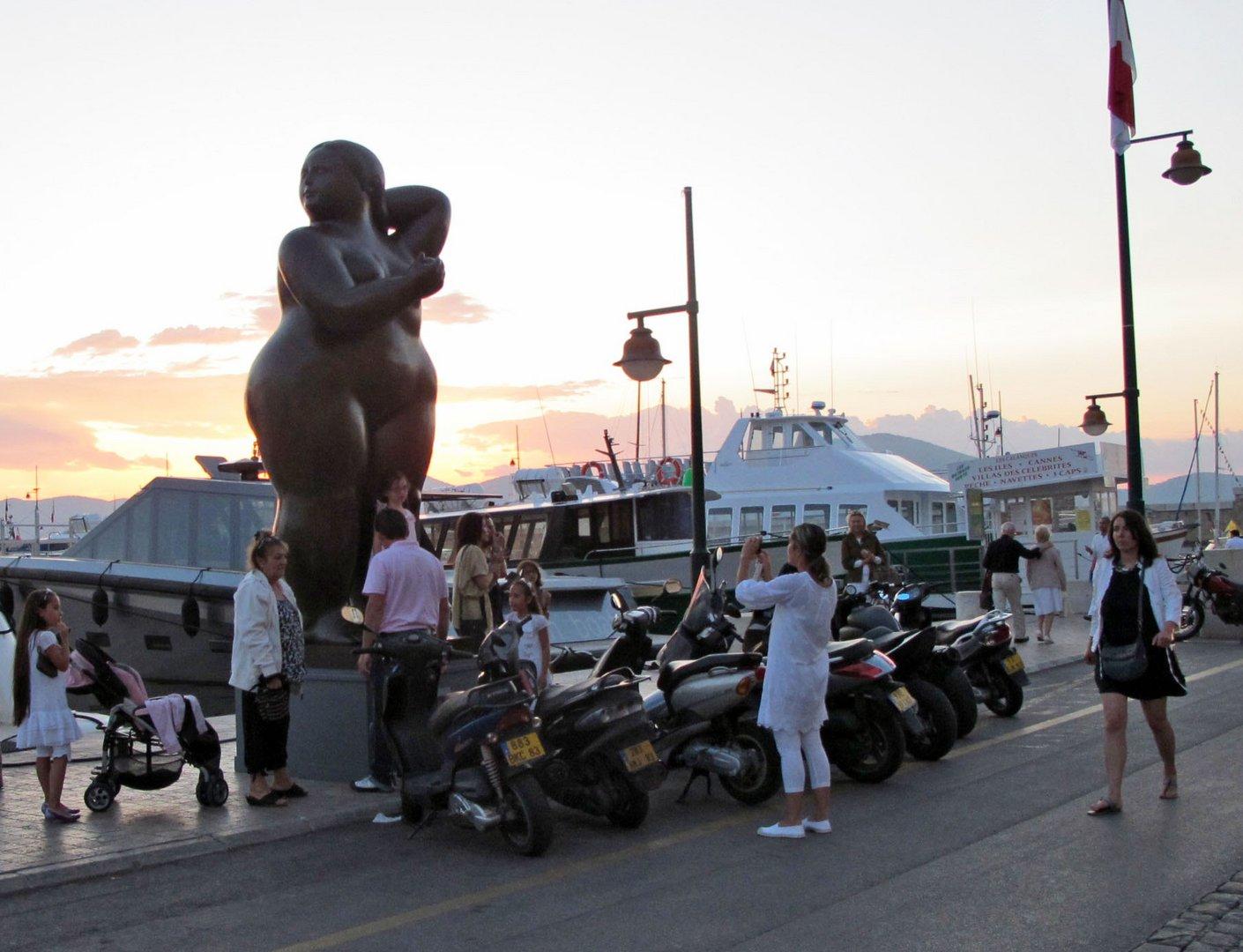 Schönheitswettbewerb im Hafen von St.Tropez.