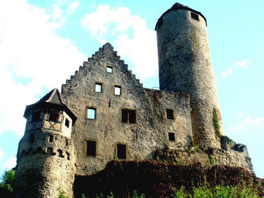 schönste Burg am Neckar