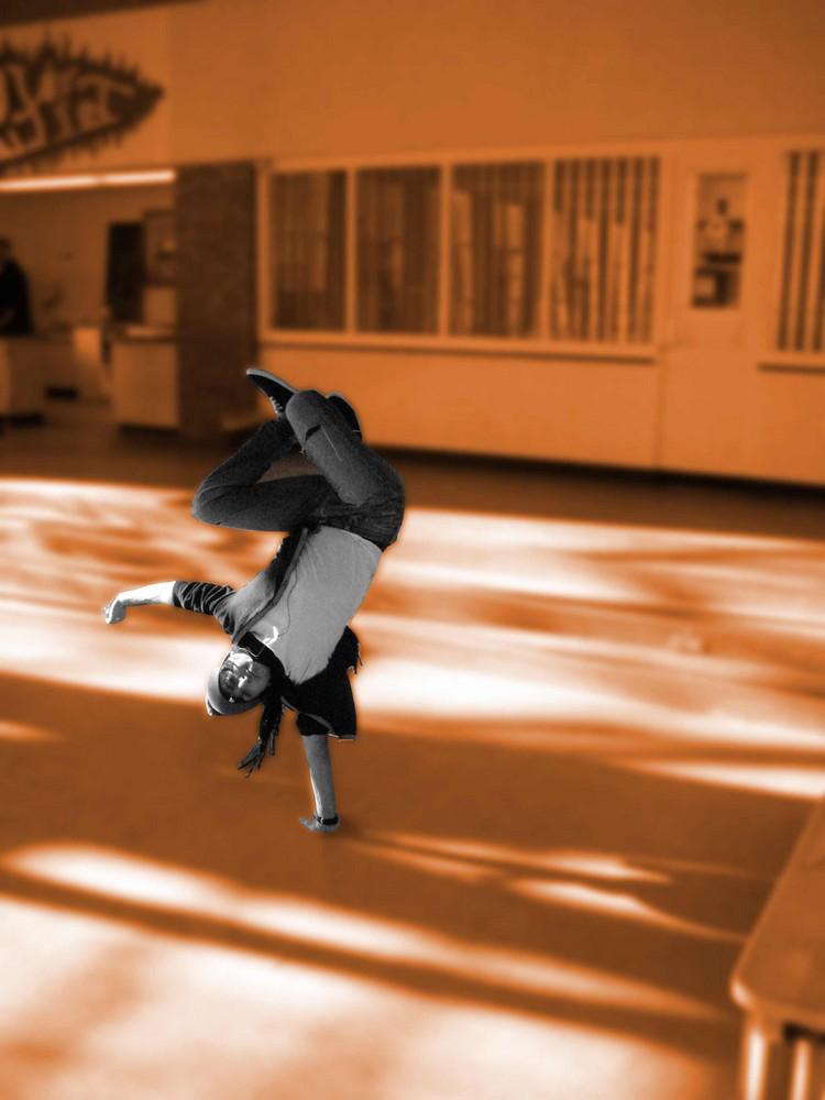 School Break Dance