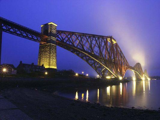 Schottische Eisenbahnbrücke
