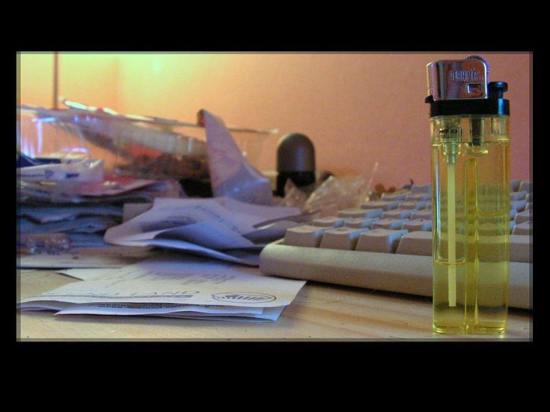 Schreibtisch (aufräumen?)