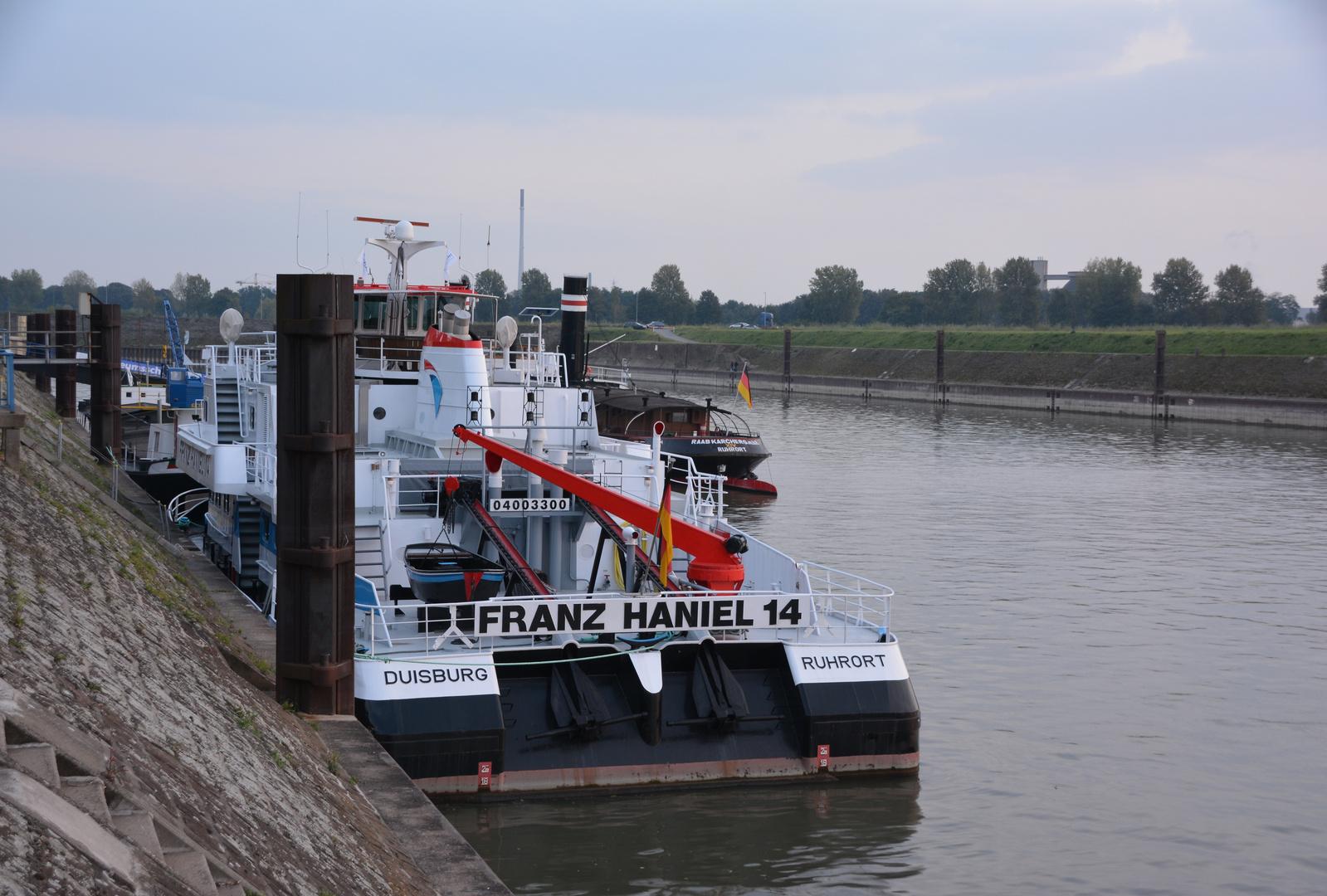 Schubschiff Franz Haniel 14 (1)