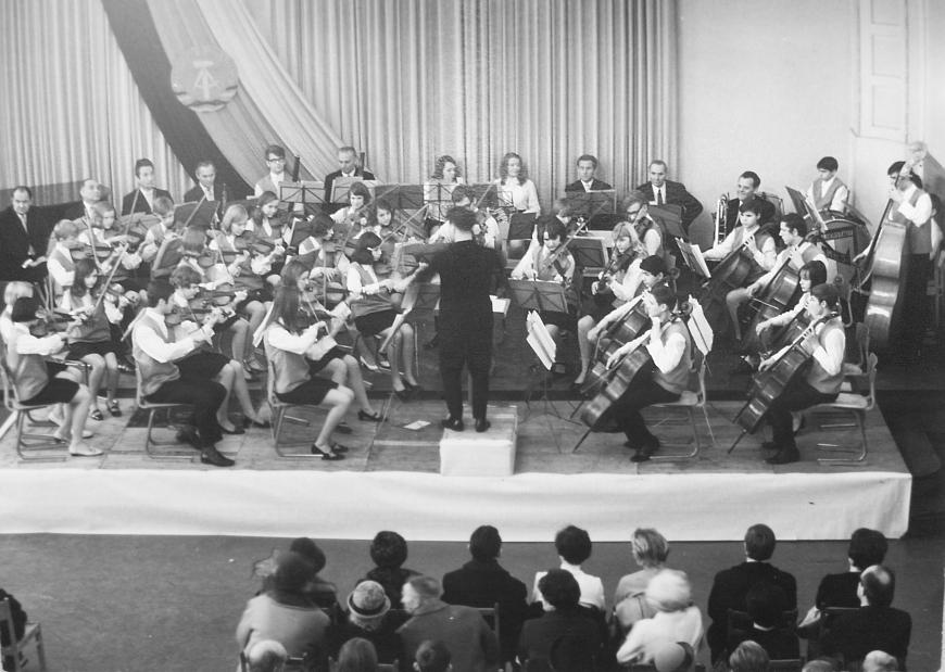 Schülerstreichorchester der Marx-Engels-Schule Halberstadt