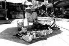 Schützender Schatten - auf einem vietnamesischen Markt