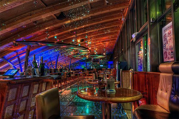 Schuhbeck's Check Inn Bar