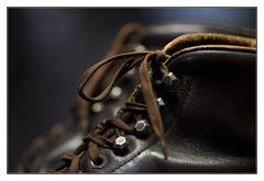 Schuhe mit Tüddelband