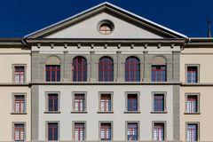 Schulhausfassade