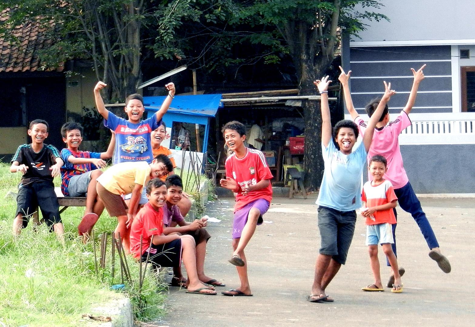 Schulkinder in Jakarta/Indonesien
