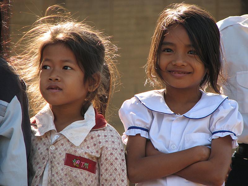 Schulkinder in Kratie