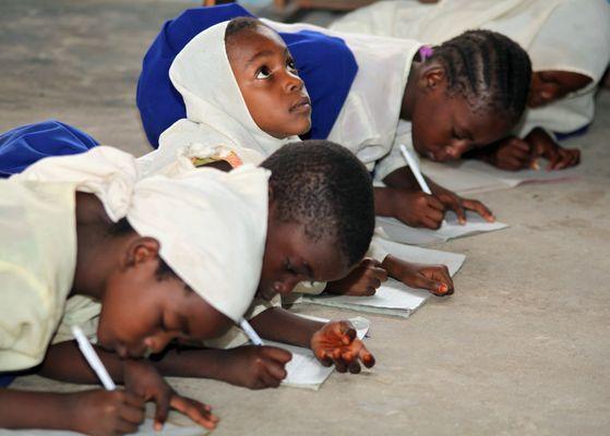 Schulkinder von Matemwe auf Sansibar