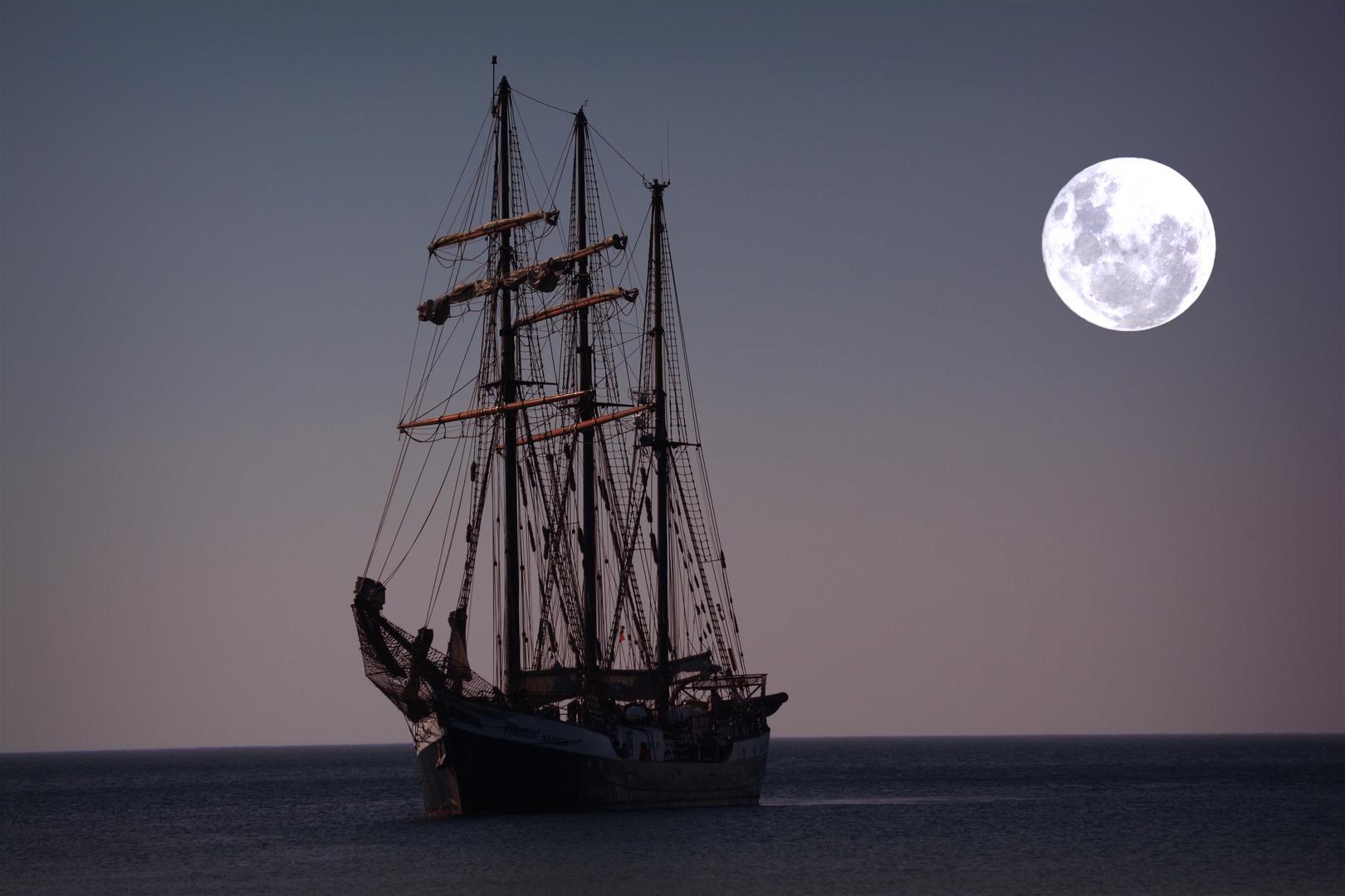 Schulschiff an der Ostsee