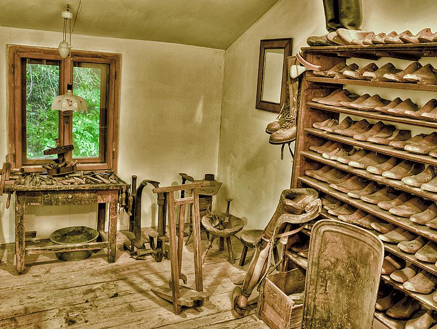 Schuster--Werkstatt